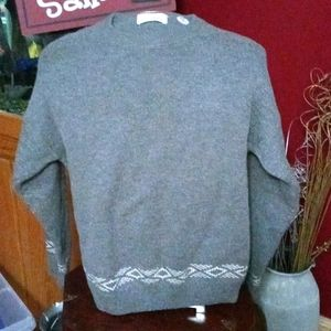 Damon mens sweater